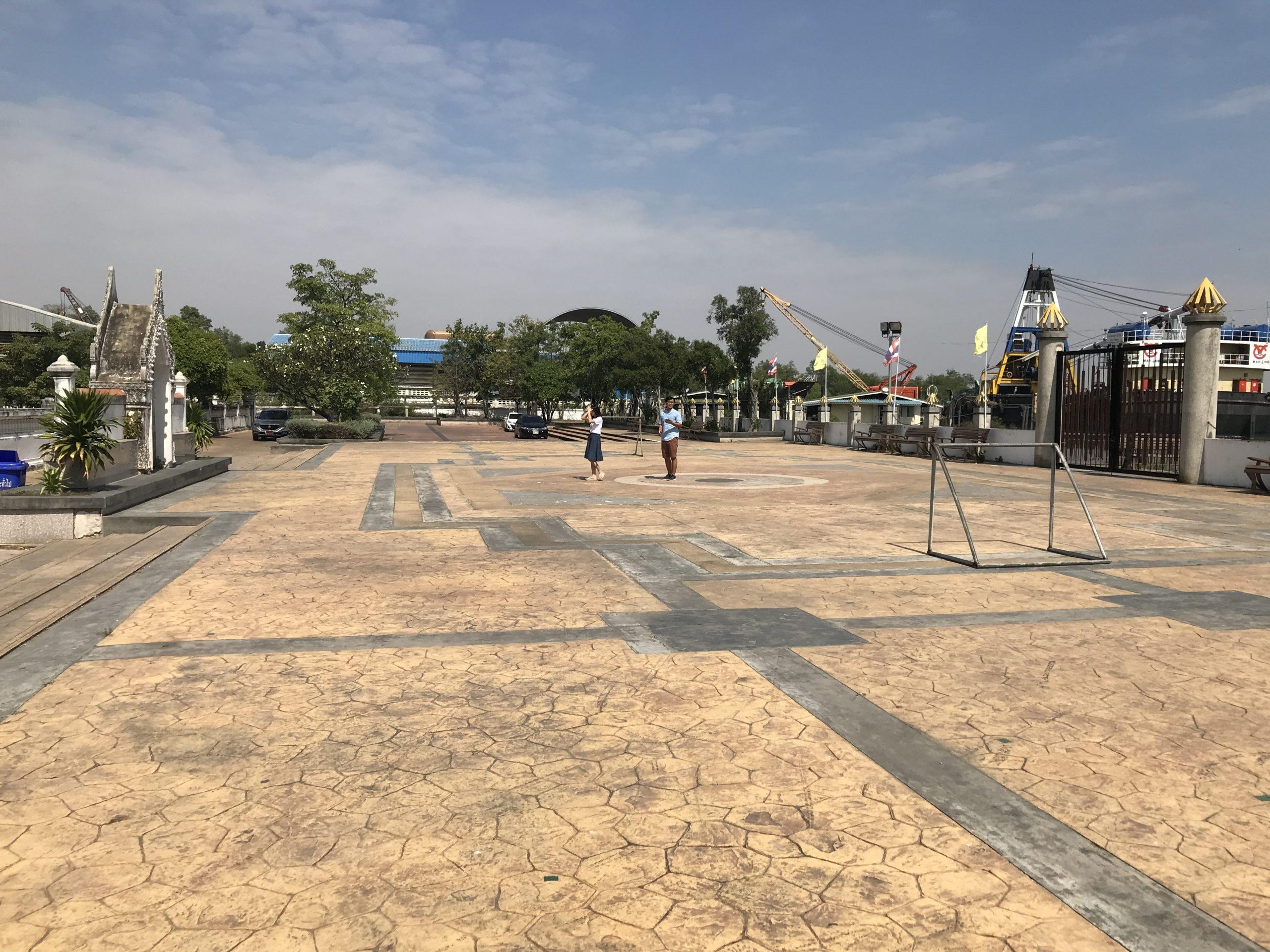 渡船場〜Phra samut chedi寺院