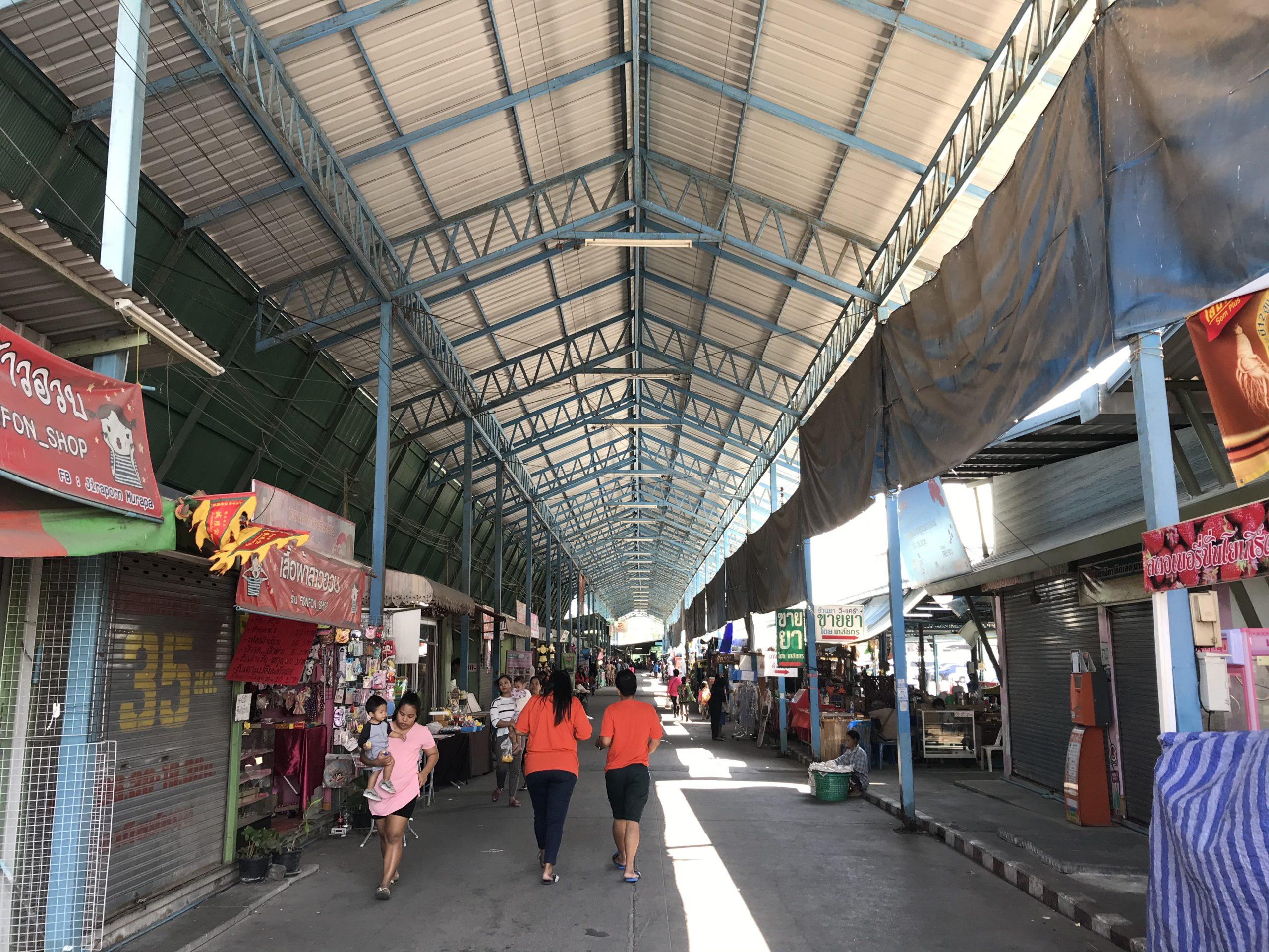 Phra samut chedi寺院 帰り道