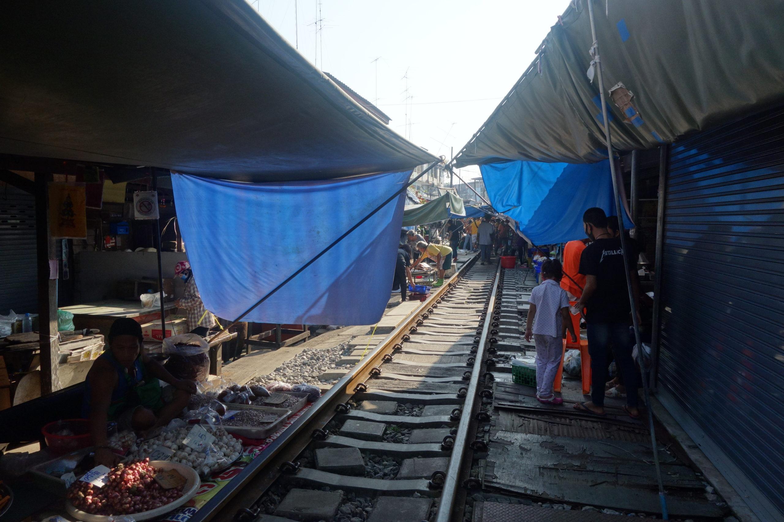 メークロン(Maeklong)市場
