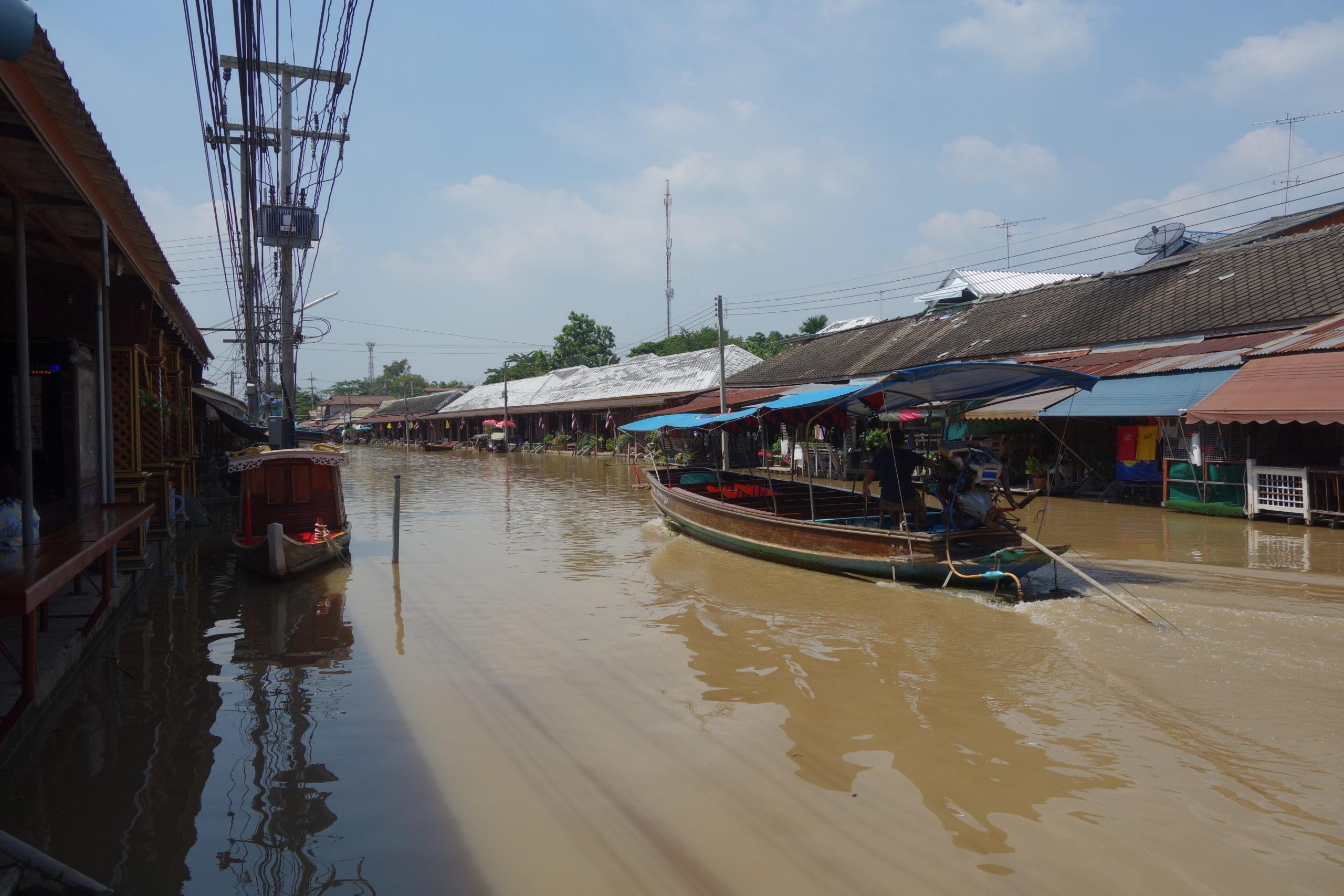 アムパワー(Amphawa)水上マーケット