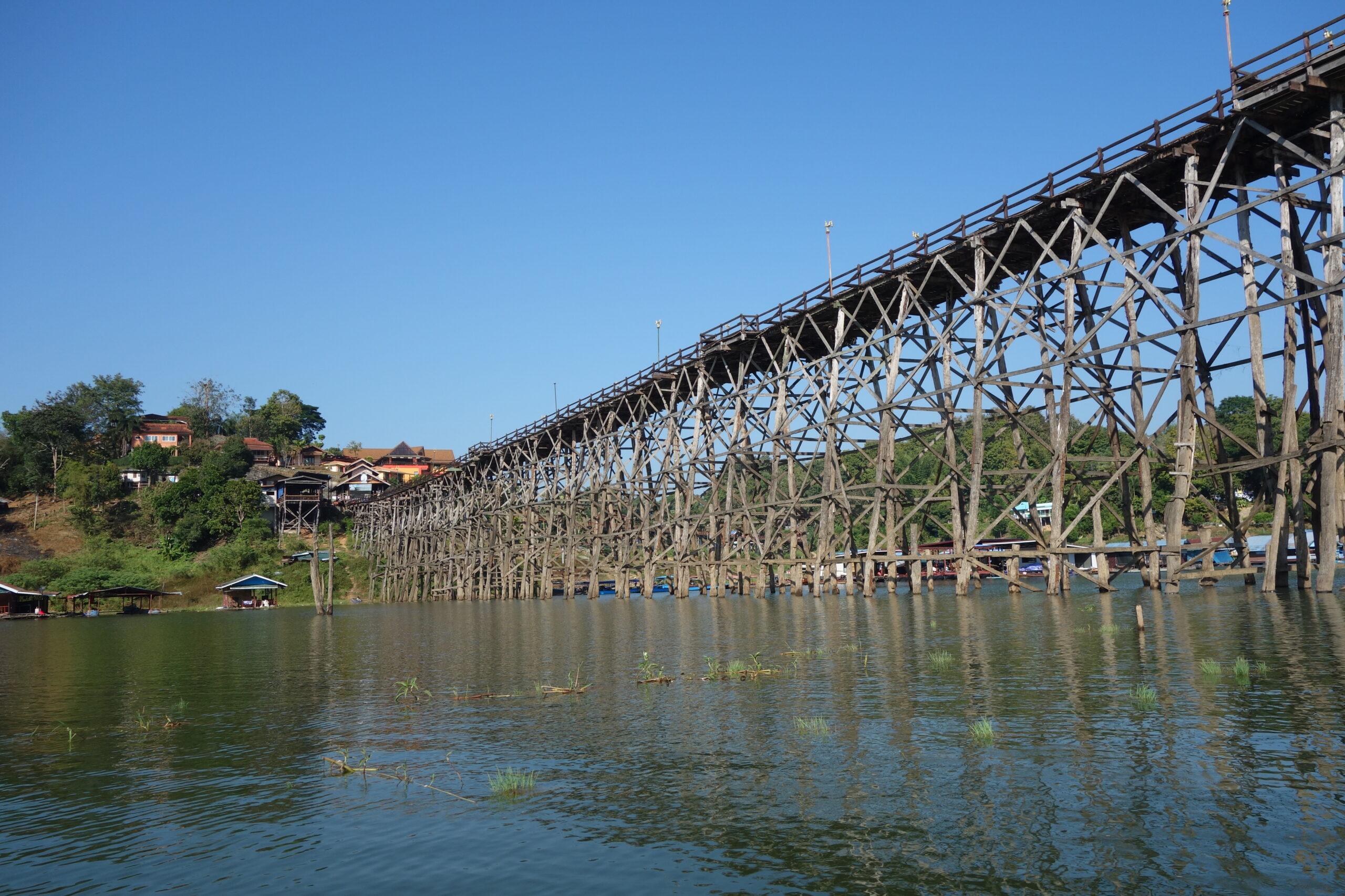 Thai Sangkhla Buri Mon Bridge