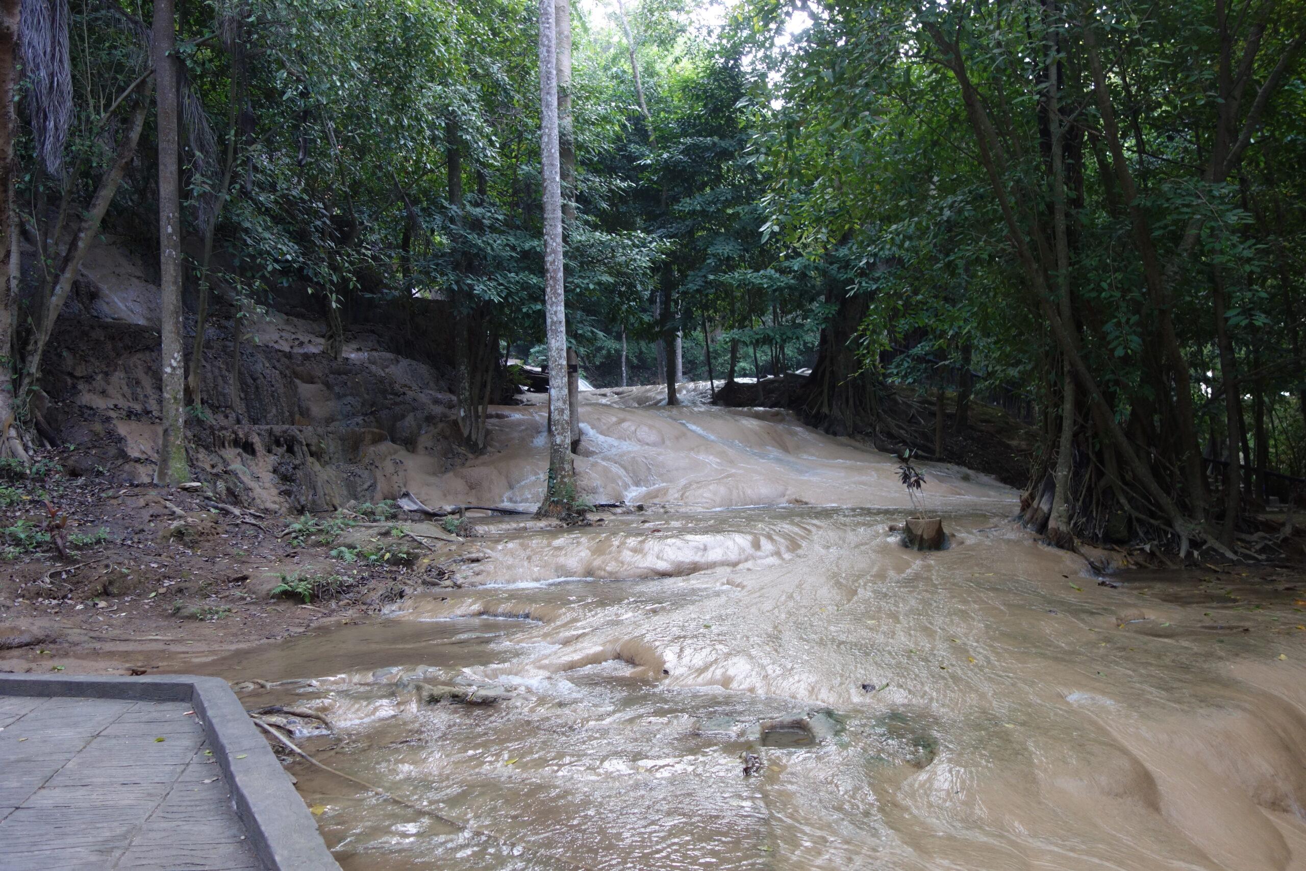 Thai Kanchanaburi Sai Yok Noi Waterfall